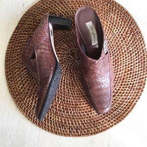 Brighton Mules Heels Size 9N Brown Leather Twain